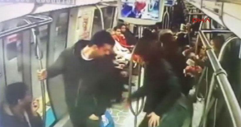 Metrodaki bomba 'şakası' kamerada