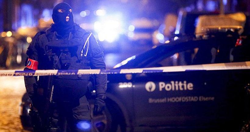 Brüksel'de Paris saldırısıyla ilgili operasyon: 1 kişi öldü