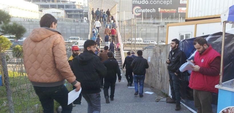 İkitelli'de 1 Mayıs çalışmaları başladı: Sendikalardan ortak bildiri dağıtımı