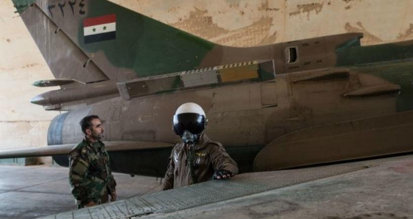 Halep'te Suriye ordusuna ait savaş uçağı düşürüldü