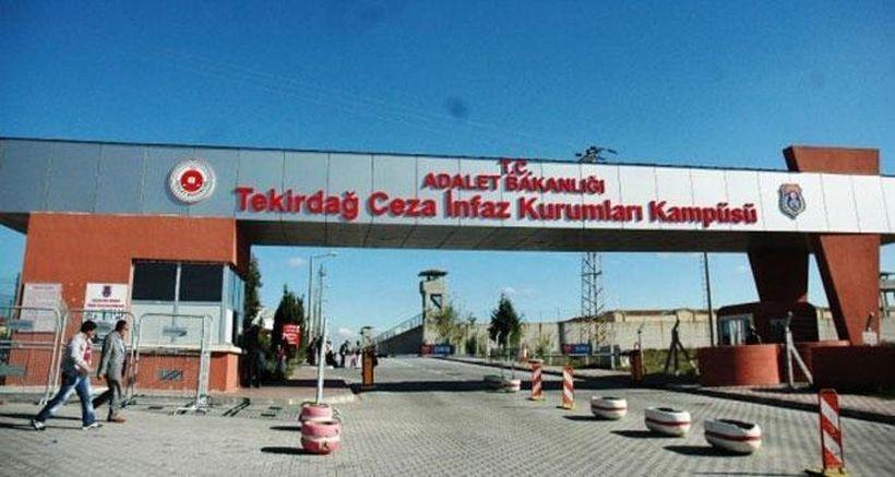 Cezaevinde AKP ve IŞİD'i eleştirmek yasak!