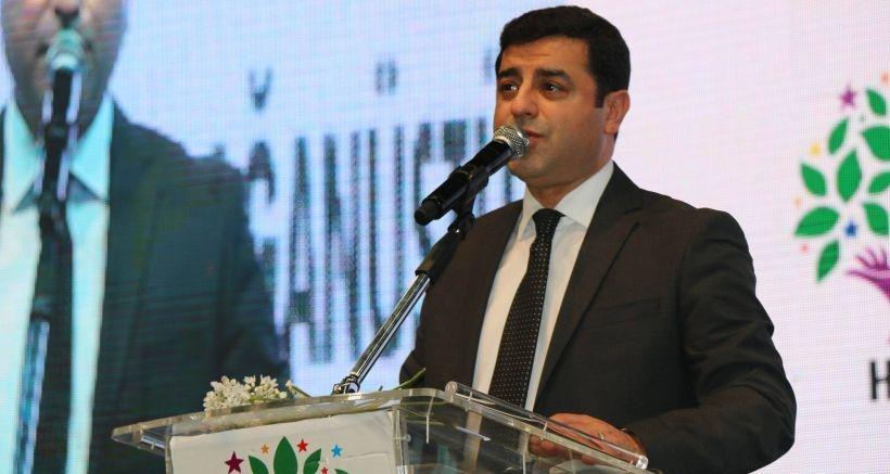 HDP İstanbul Kongresi'nde konuşan Demirtaş: Ülkeyi Erdoğan zihniyetinden kurtarmak lazım