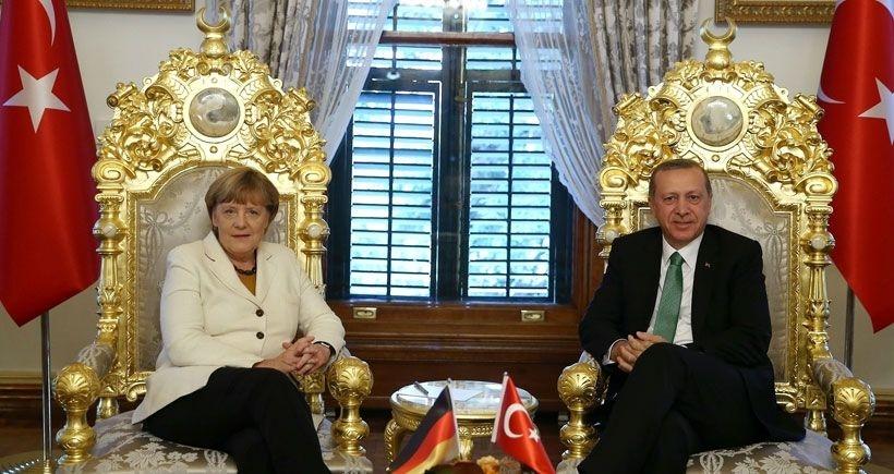 Erdoğan'la Merkel'in arasına 'kara mizah' girdi