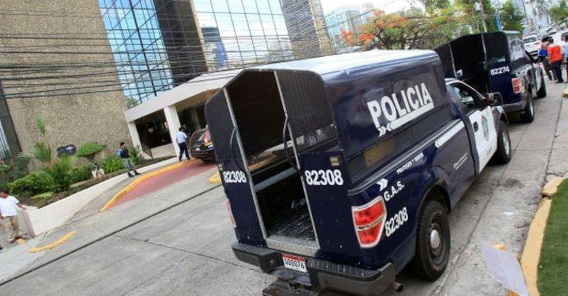 Panama Belgeleri'nin sızdırıldığı Mossack Fonseca'ya polis baskını