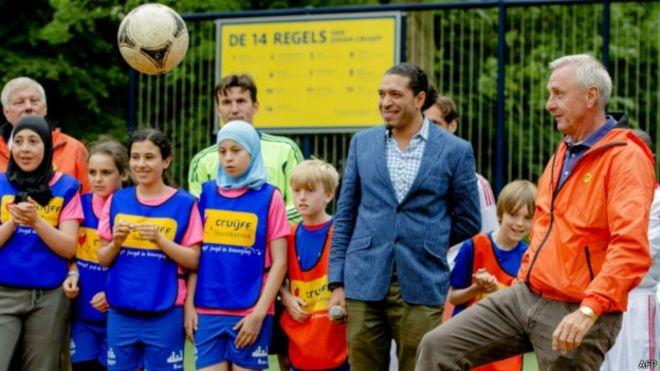 Hollanda futbolunda ırkçı tartışma
