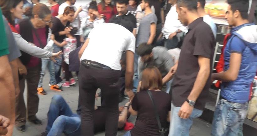 Kartal'da 1 Mayıs bildirisi dağıtımına polis saldırısı