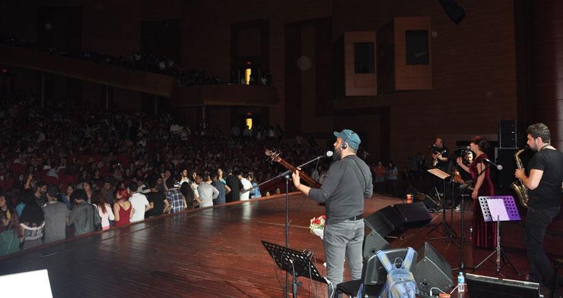 Mersin'de Renkler ve Diller Konseri'nde 'barış' vurgusu