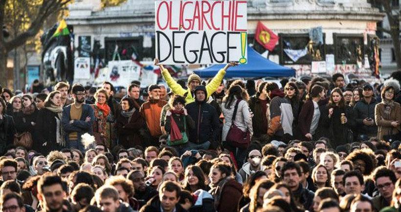 Fransa'da OHAL uzatıldı