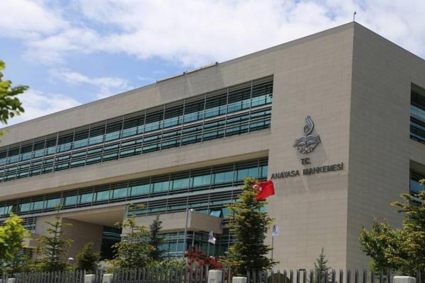 AYM'den CHP'nin KHK'ler kaldırılsın talebine ret