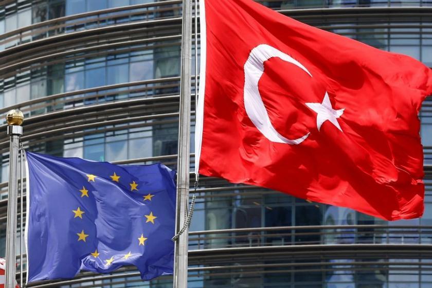 AB ile Türkiye arasında 'sözcükler savaşı' yaşanıyor