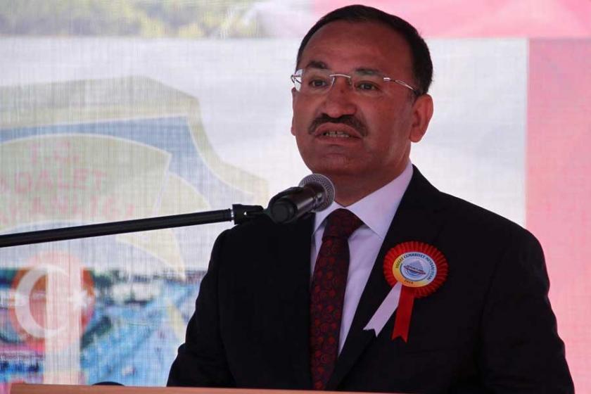 Adalet Bakanı: Travestilere özel hapisane yapılmayacak !
