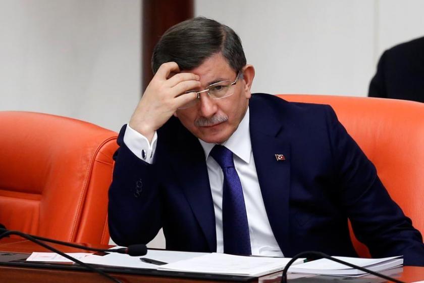 AKP ve MHP arasında Davutoğlu gerginliği