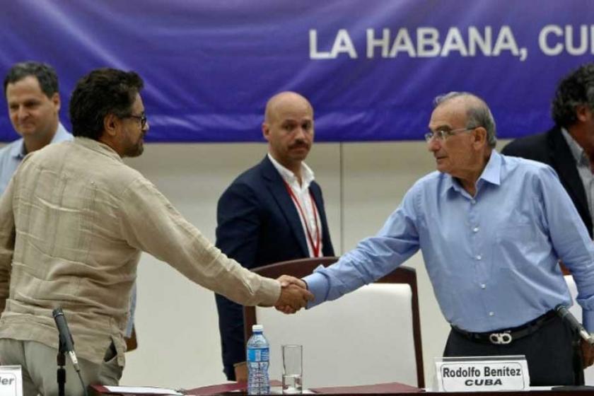 Kolombiya'da 52 yıllık savaşı bitiren anlaşma imzalandı