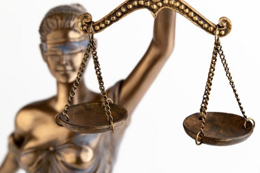 Hukukçular: Barolar, OHAL'le ilgili sürecin tarafı olmalı
