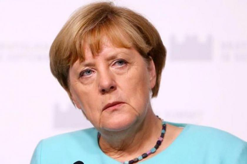 Norbert Röttgen: Merkel 2017'de yeniden aday olacak