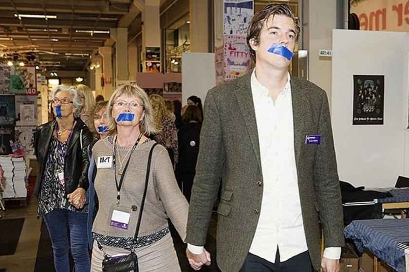 Göteborg Kitap Fuarı'nda ırkçılık karşıtı protesto