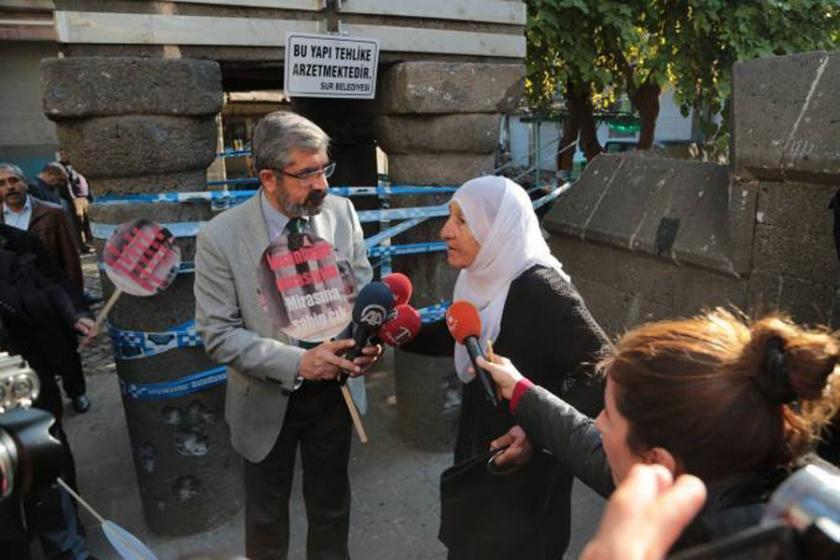 76 yaşındaki Saniye Ekti serbest bırakıldı