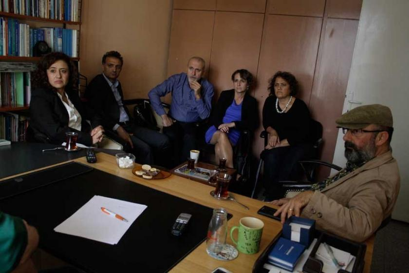 Özgürlükçü Çağdaş Avukatlar, Hayatın Sesi'ni ziyaret etti