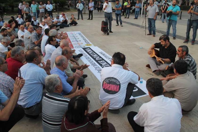 Adana Alevi Platformu, öğretmenlere destek verdi
