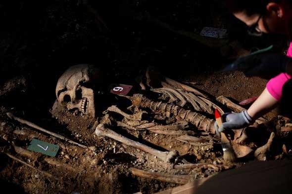 İspanya'da toplu mezar bulundu
