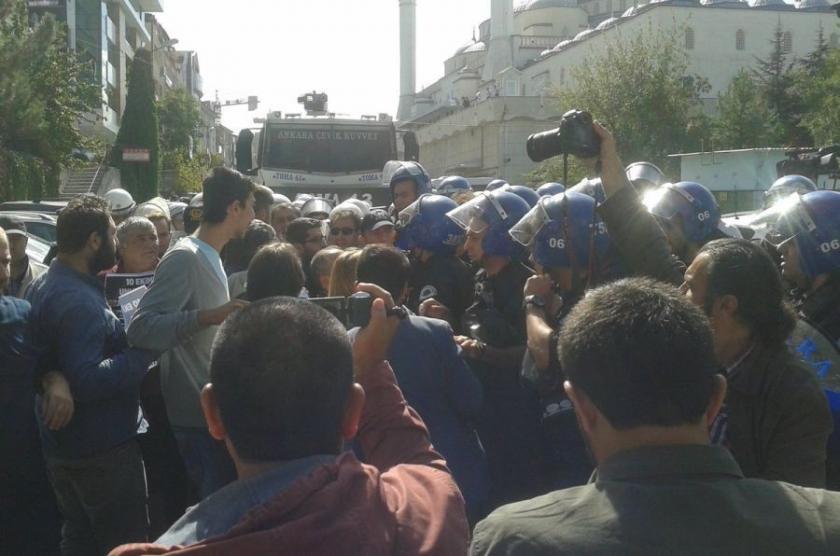 Halkevleri'nin 10 Ekim eylemine polis saldırdı: 11 gözaltı