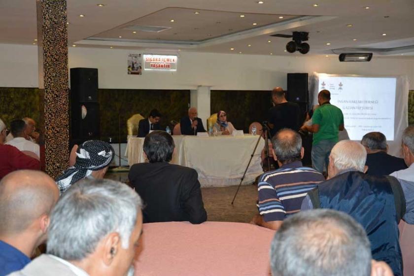 Antep'te İHD'den 'OHAL'de insan hak ve özgürlükleri' paneli