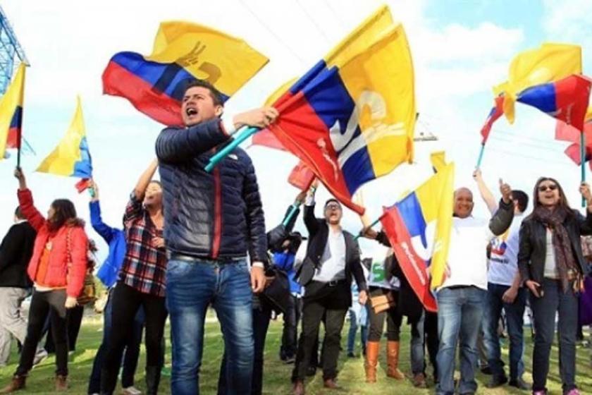 Caracol ve Kolombiya referandumu