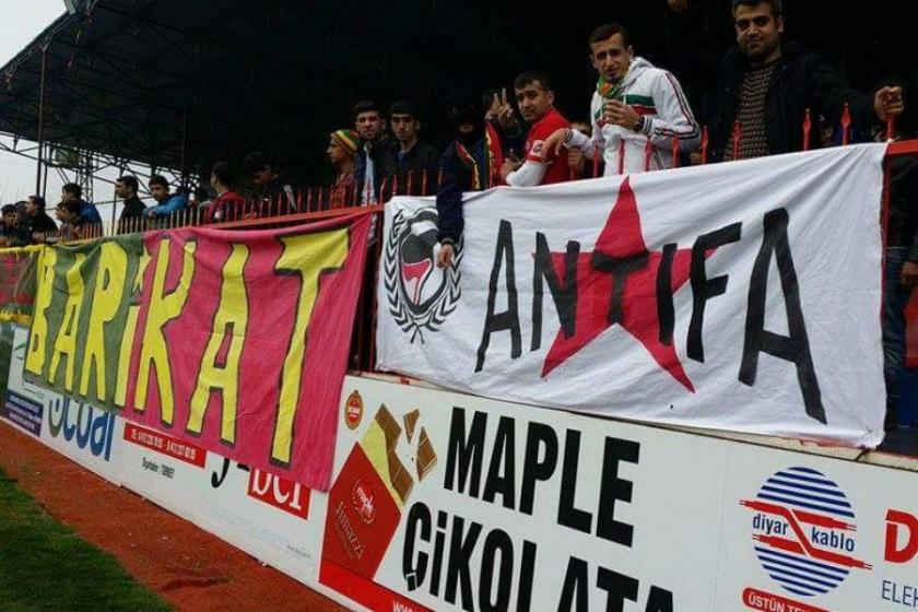 Barikat'tan Deniz Naki'ye destek
