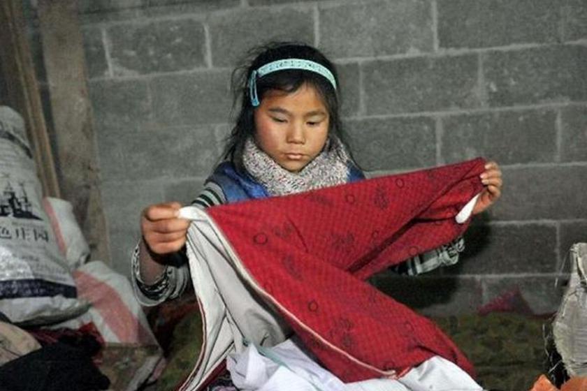 Ev işi yapan kız çocukları yüzde 40 fazla çalışıyor