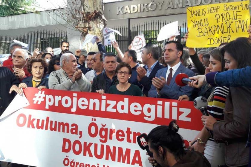 Kadıköy Anadolu Lisesi veli ve öğrencileri: Projeniz Değiliz