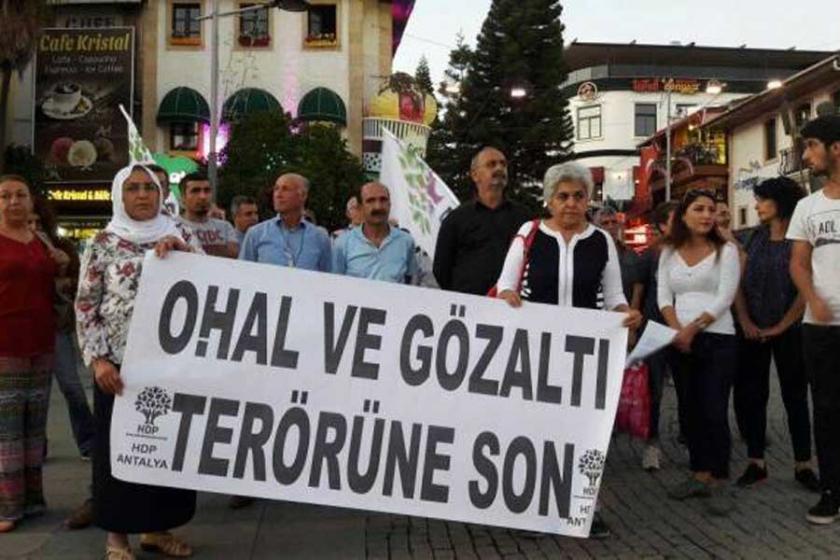 Antalya'da gözaltılara karşı her gün eylem