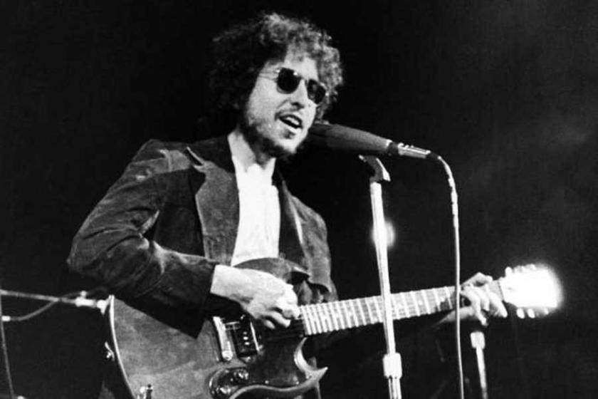 Dylan, Nobel'den büyüktür