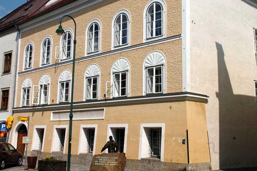 Adolf Hitler'in doğduğu ev yıkılıyor