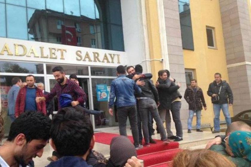 Hopalı gençler serbest bırakıldı