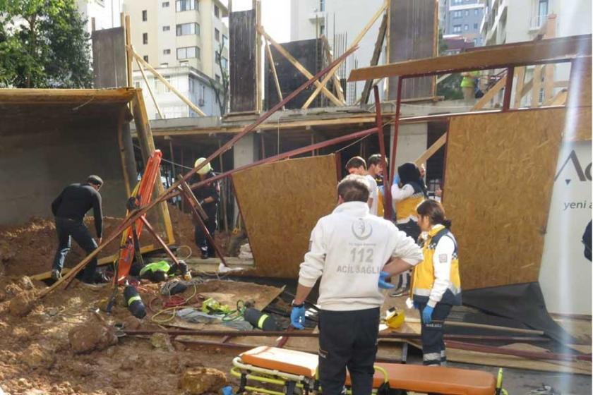 İnşaatta hafriyat kamyonu devrildi: 1 işçi yaşamını yitirdi