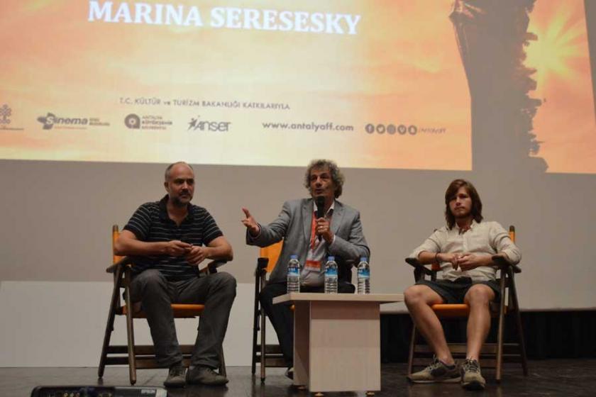Açık Kapı, Antalya Film Festivali'nde izleyiciyle buluştu