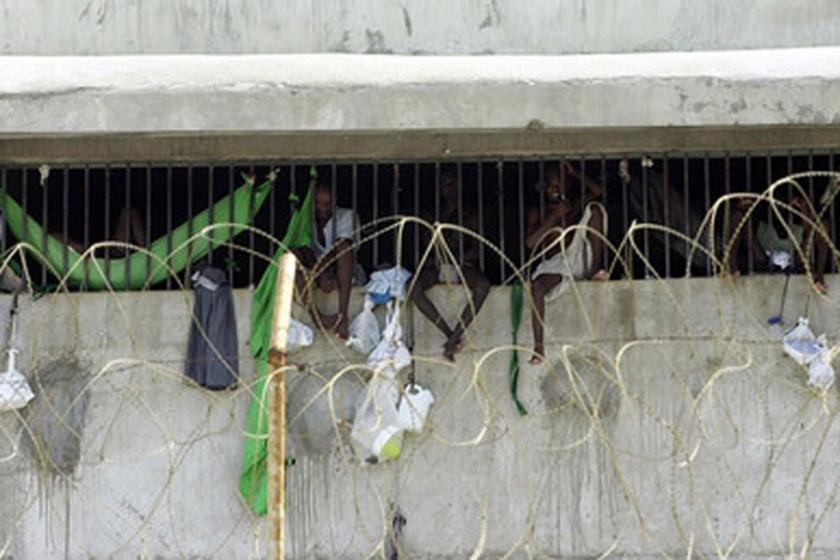 Haiti'de 174 mahkum hapisten kaçtı
