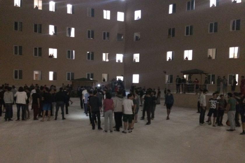 Kocaeli'de yurt öğrencileri eylem yaptı