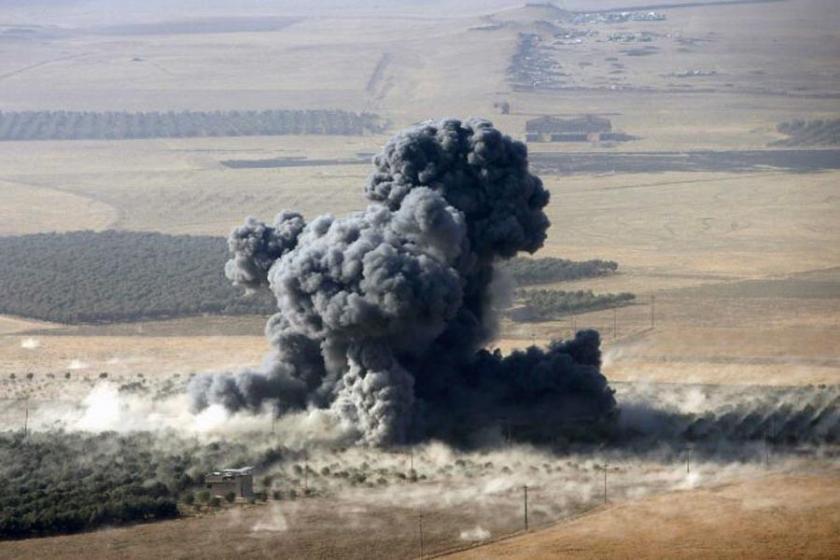 IŞİD, bombalı araçlarla Şengal'e saldırdı