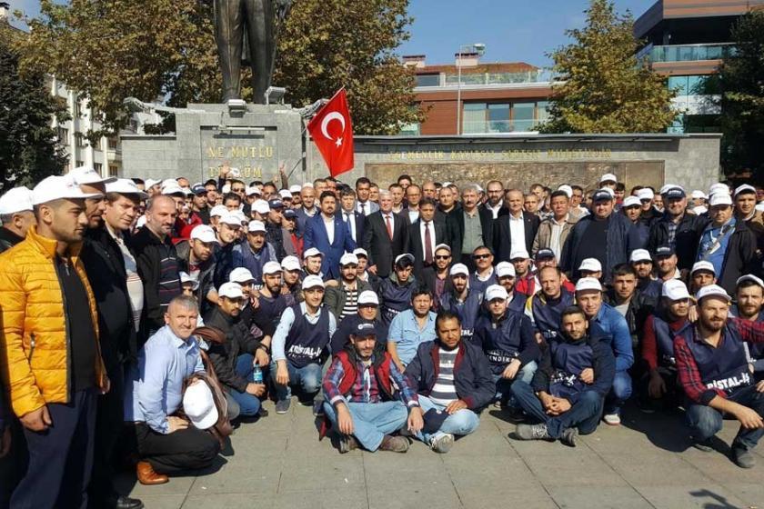 Sendikalı işçilerin iştenatılması protesto edildi