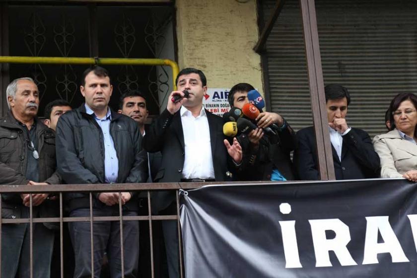 Demirtaş: Belediyeyi seçimle alamayacaklarını biliyorlar