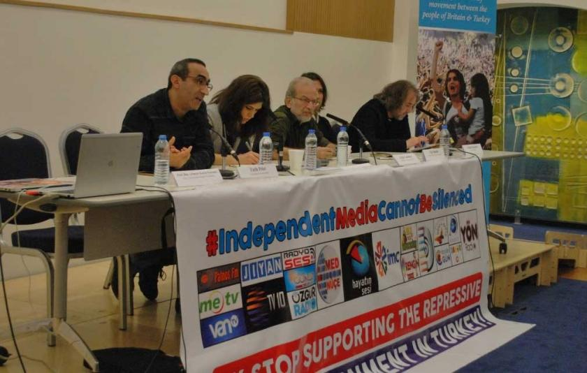 Londra'da 'Türkiye Halklarıyla Dayanışma' konferansı