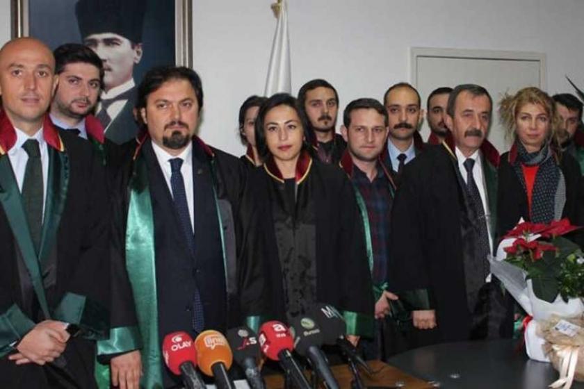 Bursa Barosu KHK'leri protesto etti
