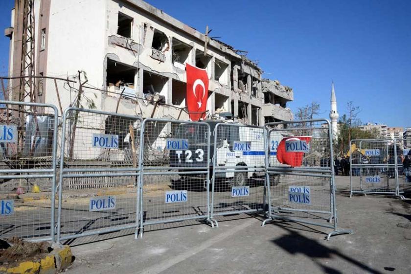 Diyarbakır'daki patlamada ölenlerin sayısı 11'e yükseldi