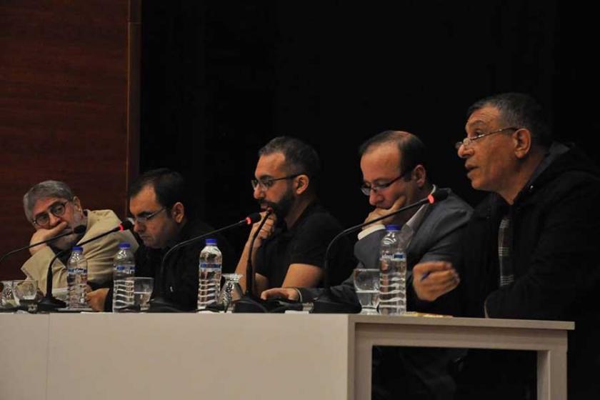 Mersin'de 'Tek ses döneminde medya' konuşuldu