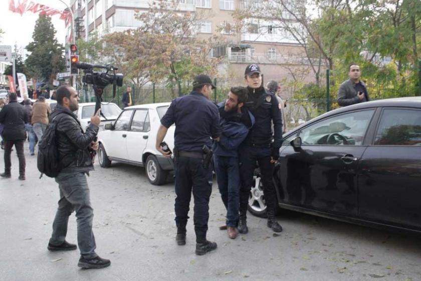 HDP eylemini polis engelledi,  2 kişi gözaltına alındı