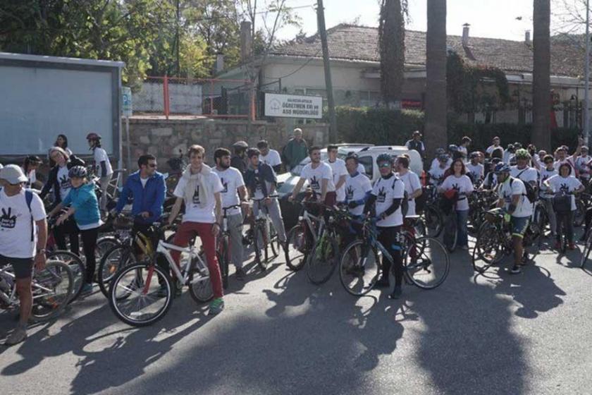 Pedallar 'barış'a çevrildi