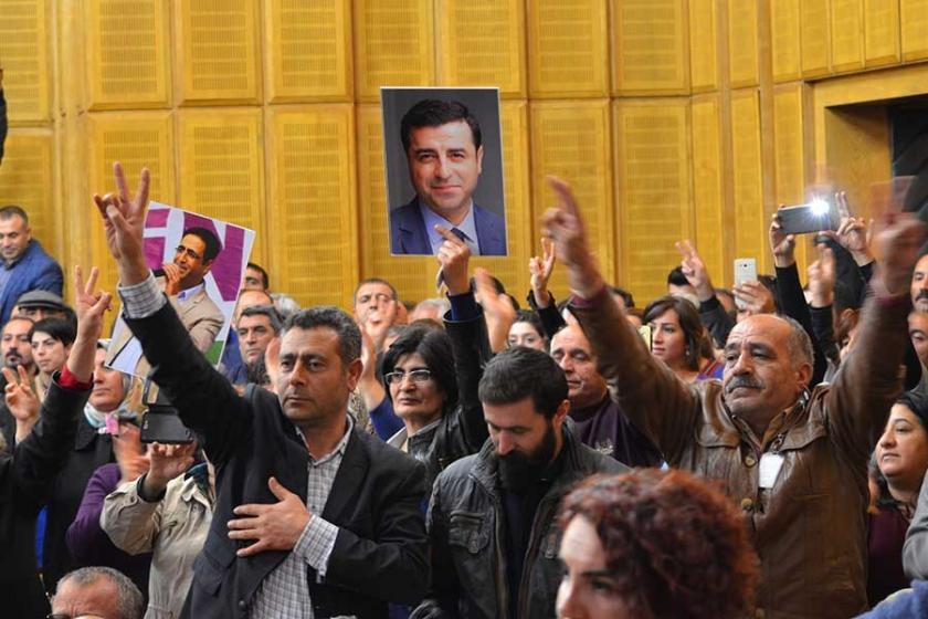 HDP grubunda eş başkanların mesajları okundu