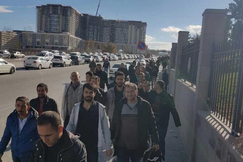 Şehir hastanesi inşaatında işçilerin ücret isyanı
