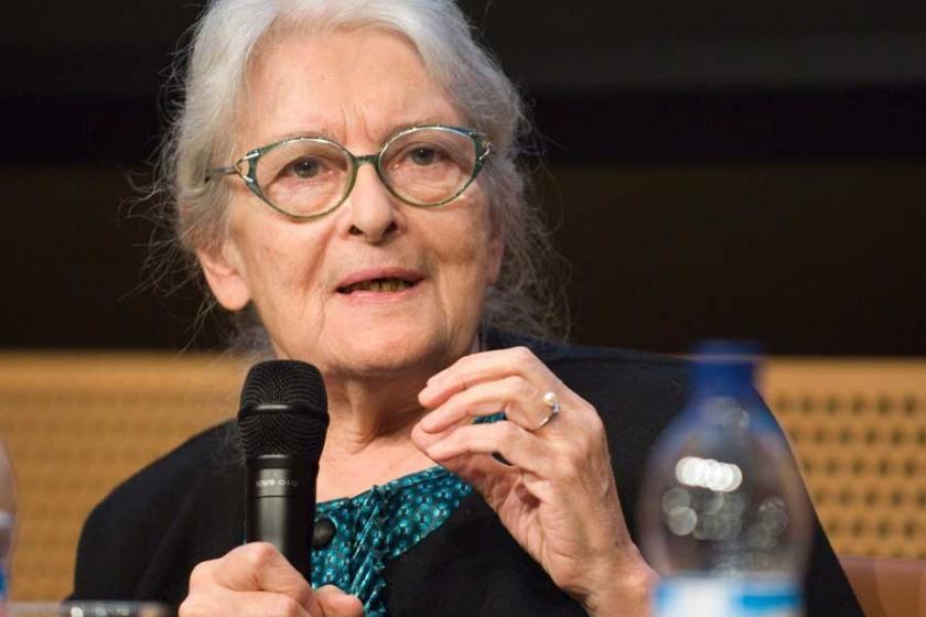 İonna Kuçuradi:  Önce insan hakları